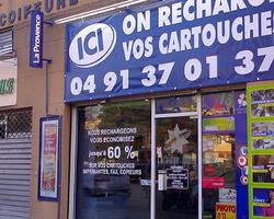 Enseigne.com - Marseille - Lettres adhésives